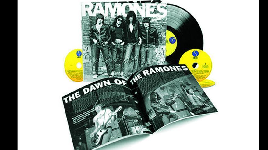 Ramones, pioneros del punk