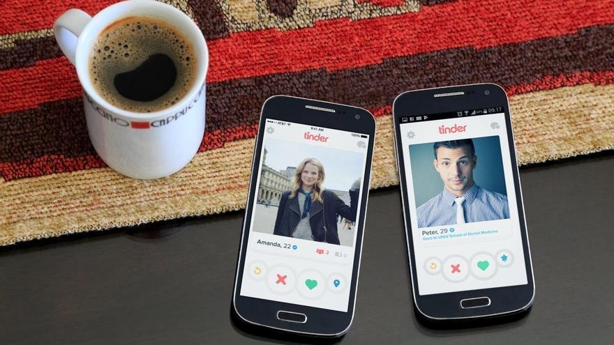 El Tinder del confinamiento: las apps de citas se reinventan