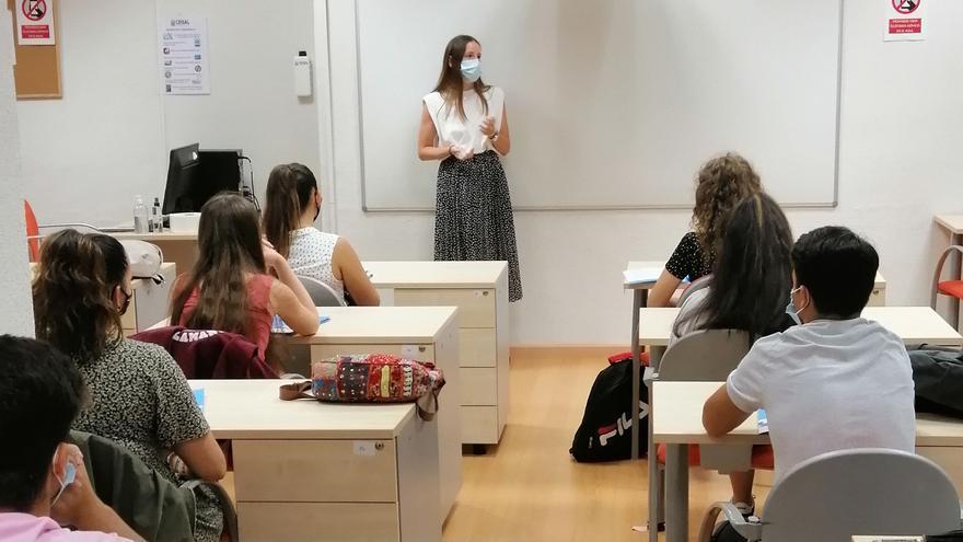 ¿Quieres convertirte en un profesional sanitario en Castellón?