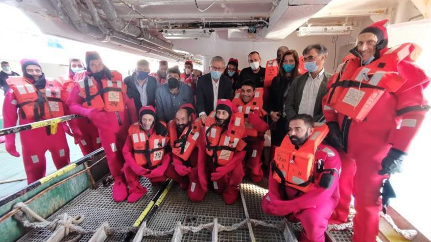 La Xunta insta en Cangas a trabajar por la mejora de la seguridad en la pesca