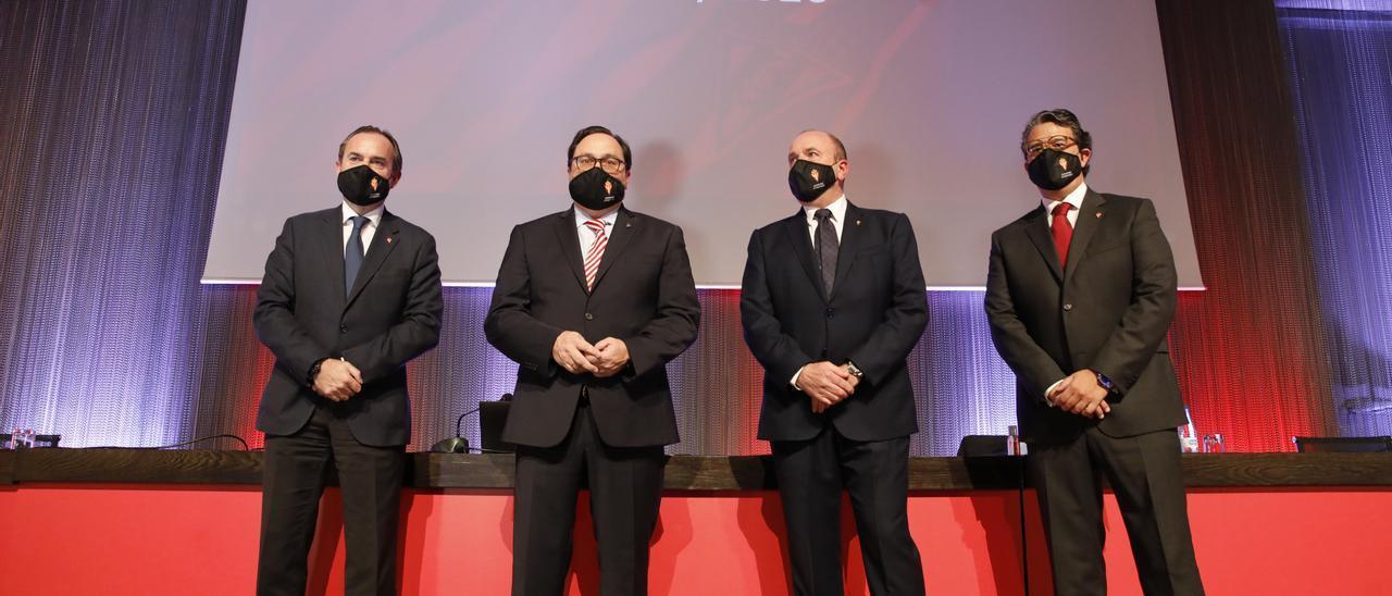 Por la izquierda, Ramón de Santiago, Javier Fernández, Javier Martínez y Fernando Losada.