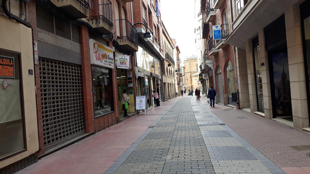 Calle de La Rúa de Benavente. / E. P.