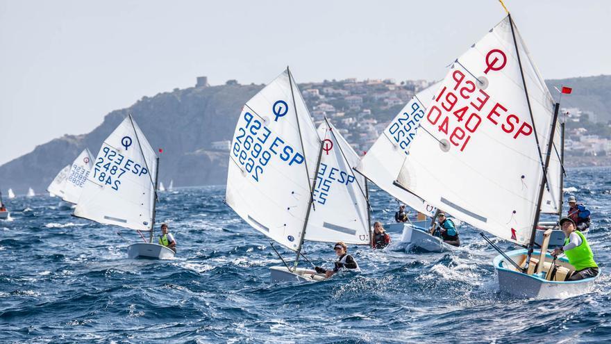 Més de 140 regatistes a la XI Mar d'Empúries del Club Nàutic l'Escala