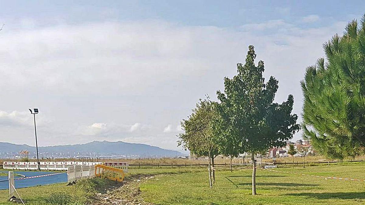 El Paseo da Xunqueira se reforma con el remanente de 2019.