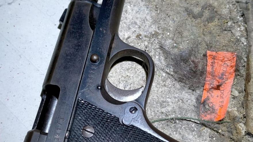 Detienen a un joven por disparar cuatro veces por la espalda a otro