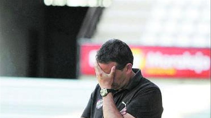El Zamora CF sale del infierno de Tercera División
