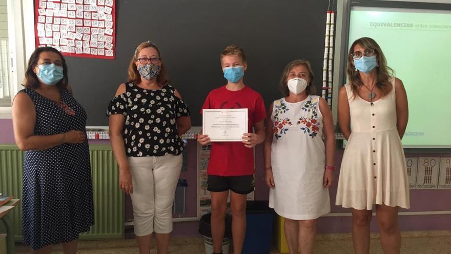 Premio extraordinario a los alumnos de 10 en el curso de la pandemia