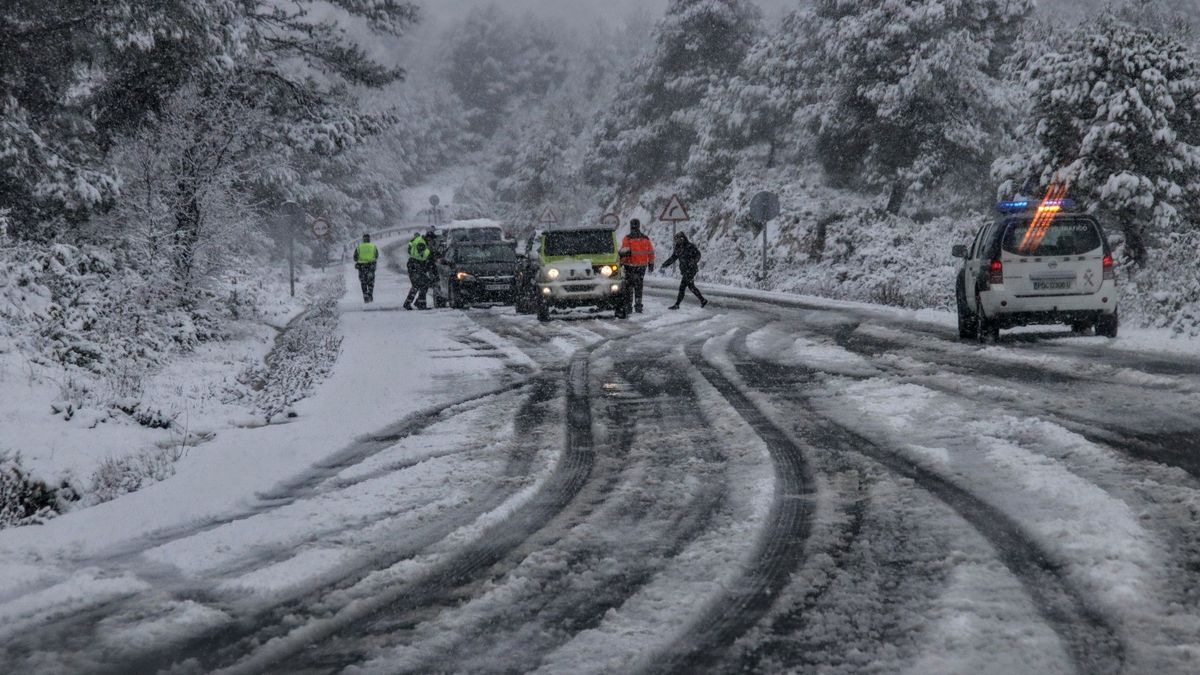 The storm in the province left a great snowfall in the highest mountains and lowered temperatures 10º.
