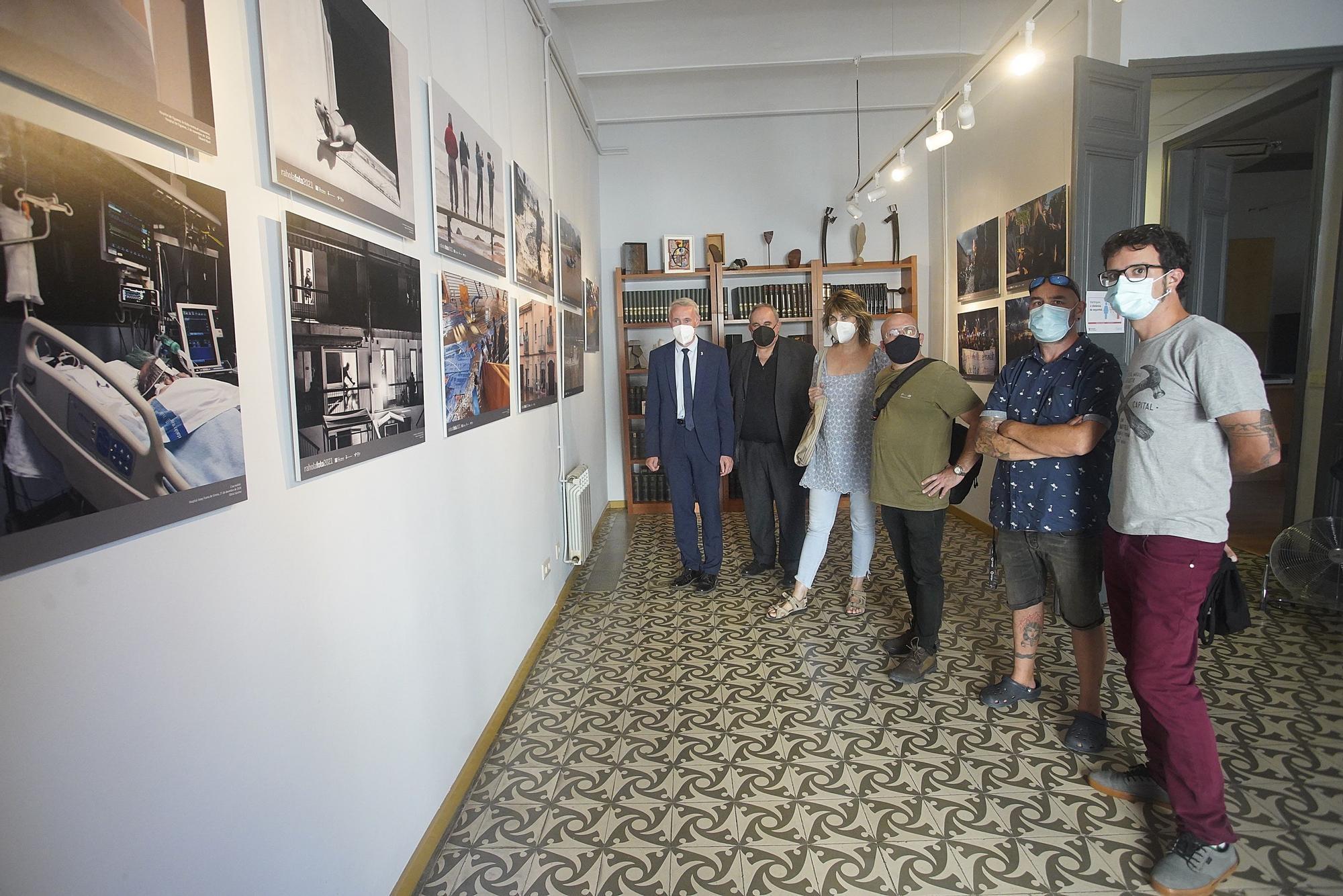 La cara més (in)humana de la pandèmia protagonitza l'exposició Rahola Foto 2021