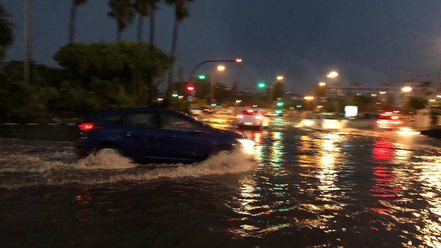 València cierra todos sus túneles por las fuertes lluvias