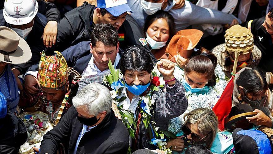 Tornada triomfal d'Evo Morales a Bolívia un any després d'haver de marxar