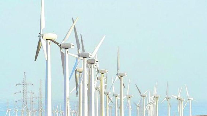 Las energías limpias pasan de opción a normativa