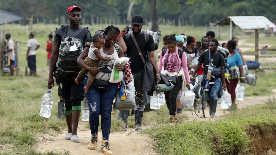 Encuentran los cadáveres de tres supuestos migrantes en un río de Panamá