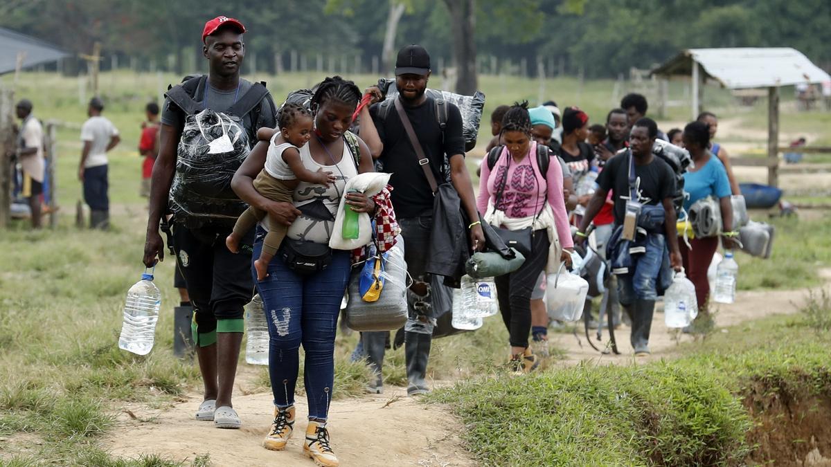 Migrantes haitianos en la frontera de Colombia.
