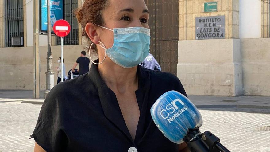 """IU pide a la Junta de Andalucía que """"no cierre ni una sola línea educativa más"""""""