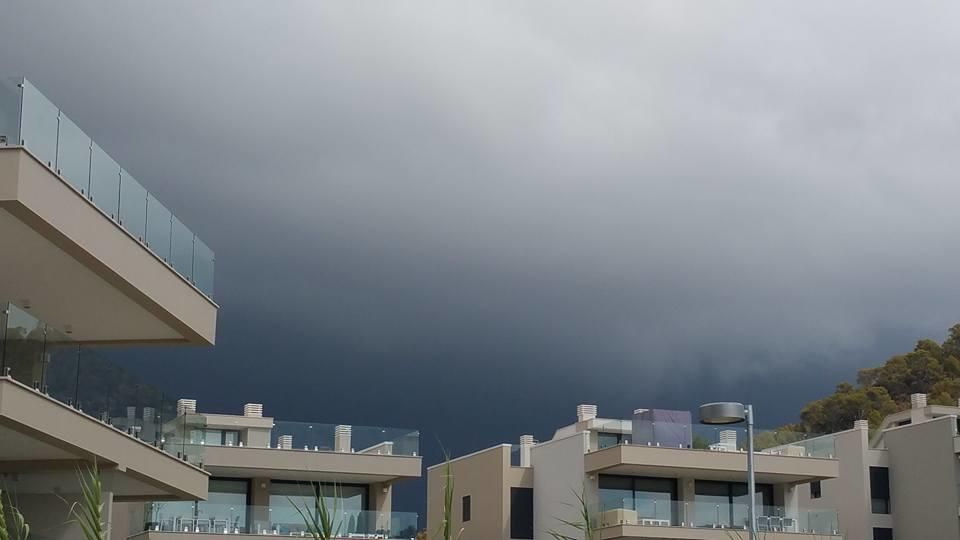Las fuertes lluvias provocan problemas de circulación en Mallorca