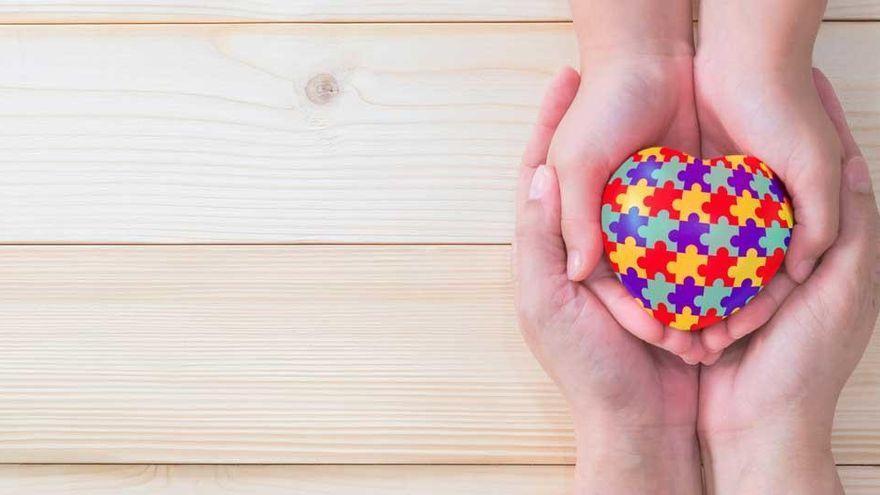 Cataluña no paga la beca que un niño con autismo recibía en Galicia