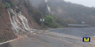 Cerradas tres carreteras en Tejeda por desprendimientos