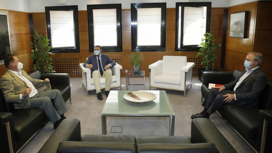 Barbón recibe al presidente de la Cámara de Comercio de Gijón