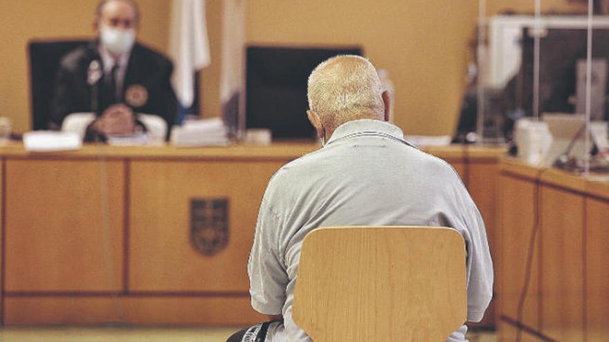 Diez años y un día de prisión para el acusado de matar a su amigo en Tenerife