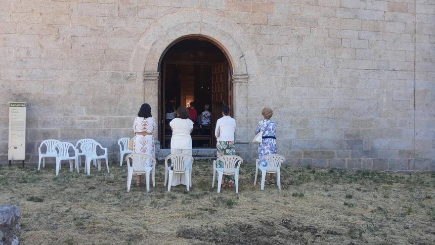 GALERÍA | Sanabria, a los pies de su patrona Nuestra Señora de los Remedios en Otero