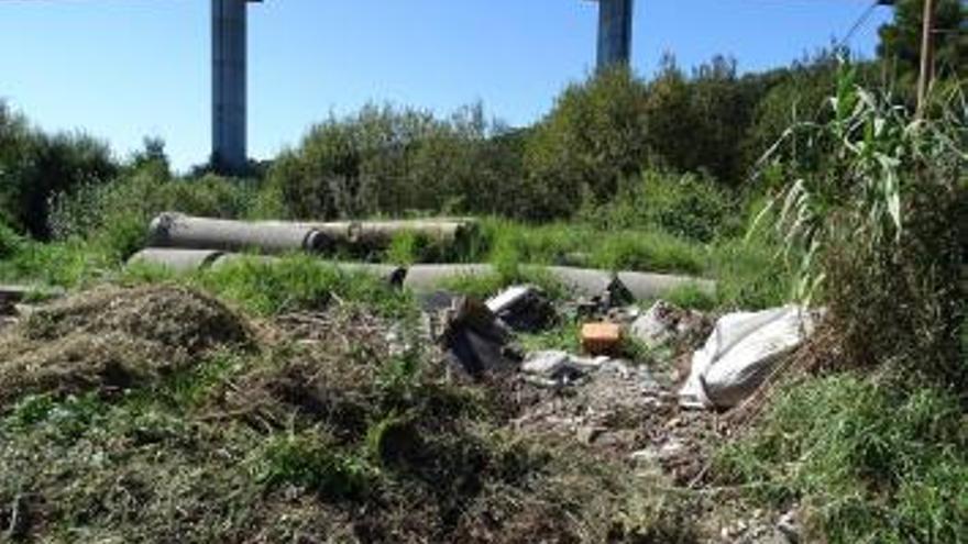 """Los ecologistas acusan al Concello de """"mentir"""" y mantienen la denuncia a Moaña por vertidos"""