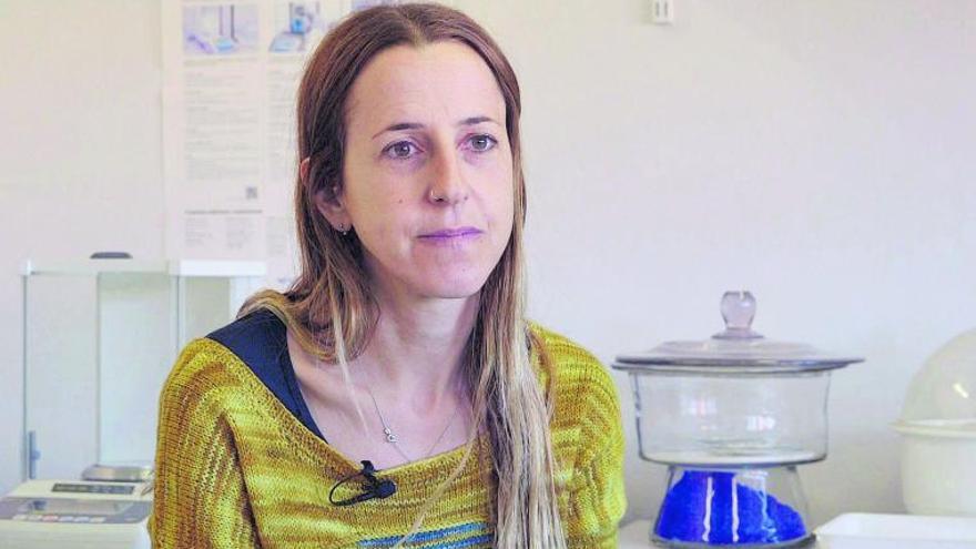 Anna Sànchez-Vidal, oceanógrafa: «La posidonia es una trampa para el plástico»