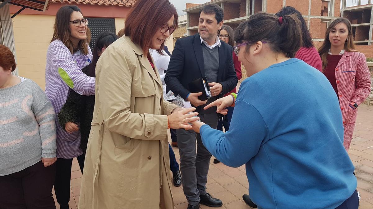 Visita de la vicepresidenta regional, Isabel Franco, a las instalaciones de Adivar