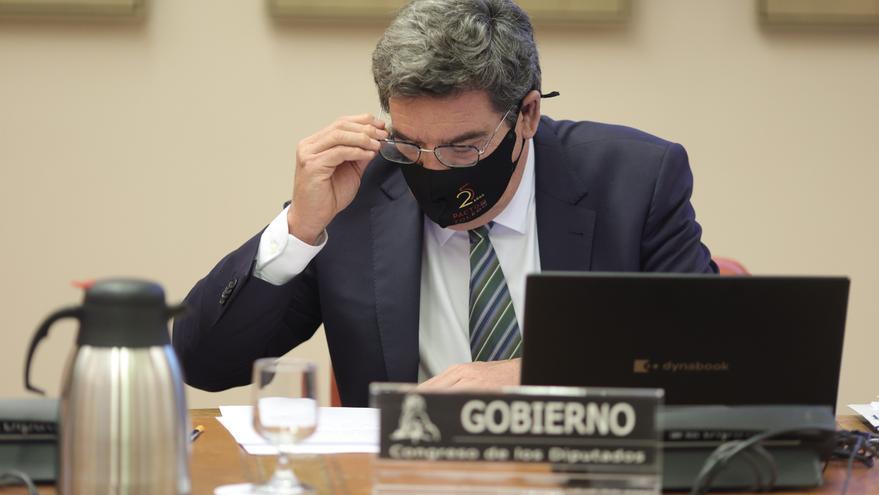 La oposición carga contra Escrivá y niega su apoyo a su acuerdo de pensiones