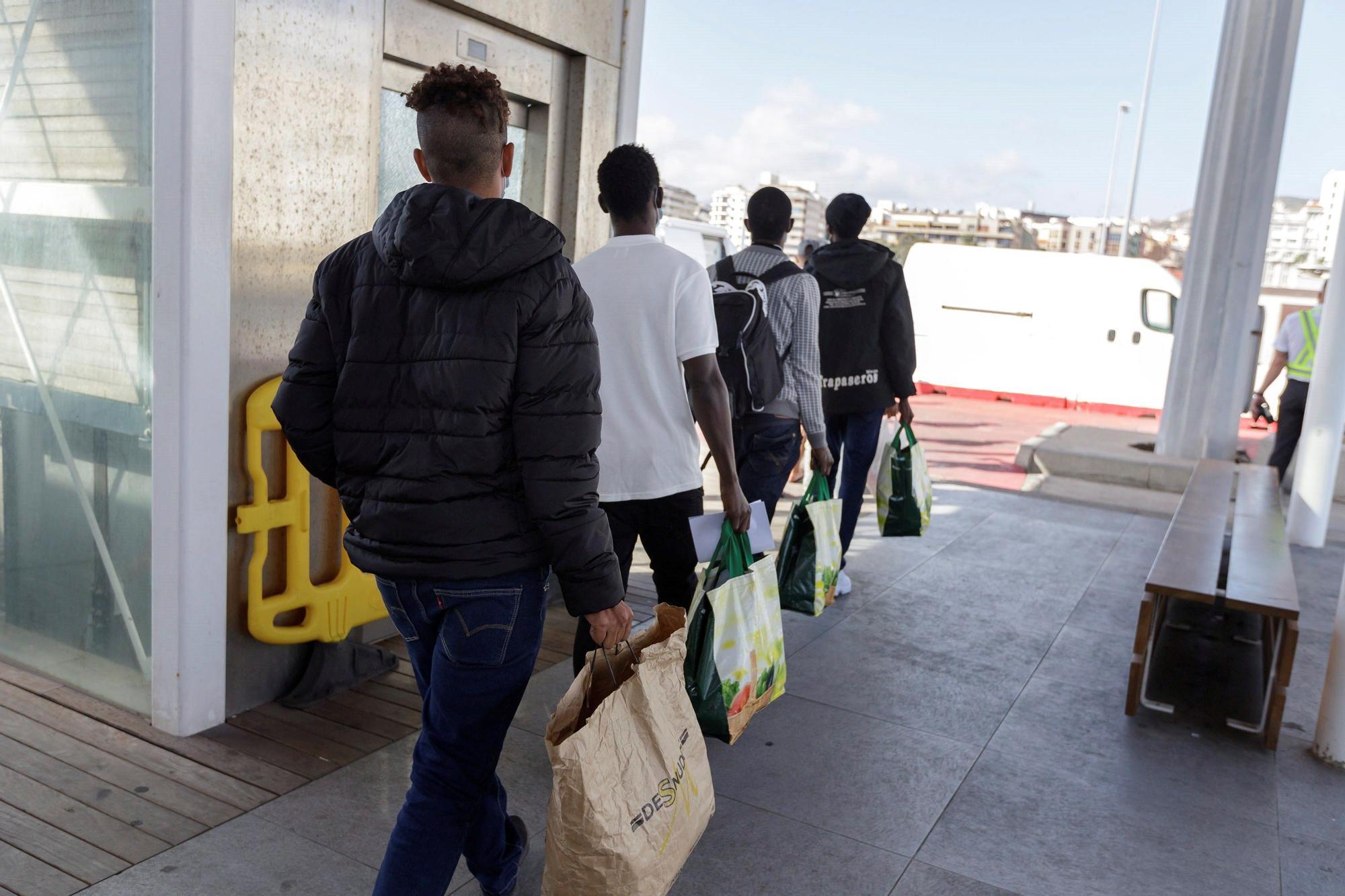 Nuevo traslado de inmigrantes a un hotel del sur de Tenerife