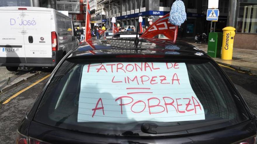 Diez mil limpiadoras de A Coruña, a la huelga para exigir sueldos dignos como sector esencial