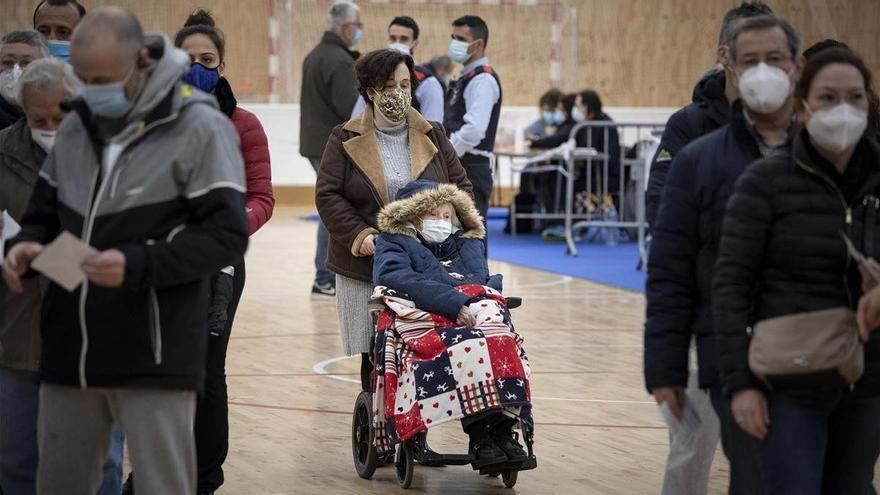 La pandemia dispara la abstención hasta un máximo histórico