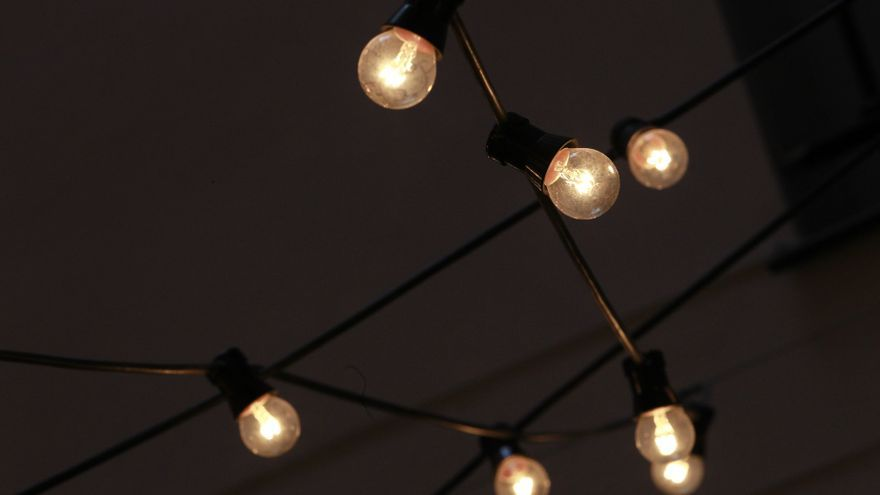 El precio de la luz cierra junio como el más caro de su historia