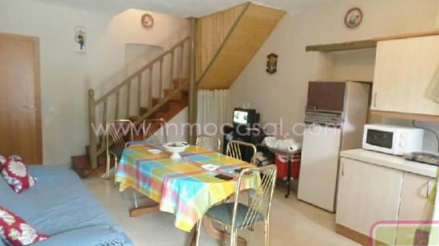Una casa que se alquila entera por 200 euros al mes: así se esquiva el problema de la vivienda en Asturias