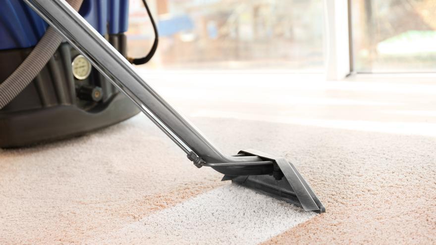 Tres métodos fáciles para eliminar la suciedad de las alfombras