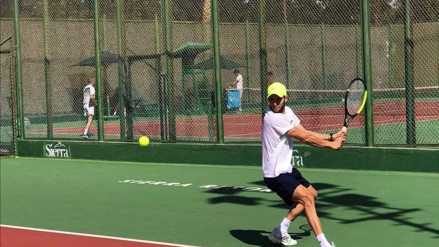 Un tenista de Sax se alza con el Torneo del Cairo