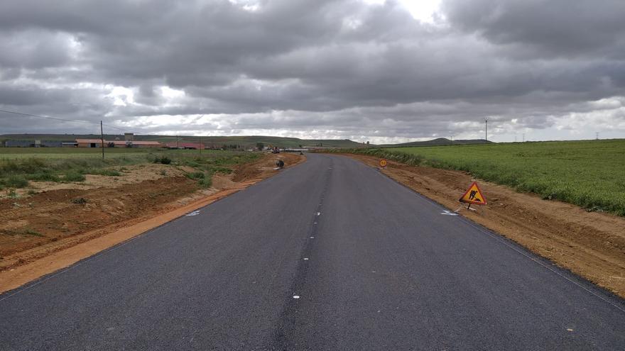La Diputación invierte 629.000 euros en la renovación de la carretera de Villalonso