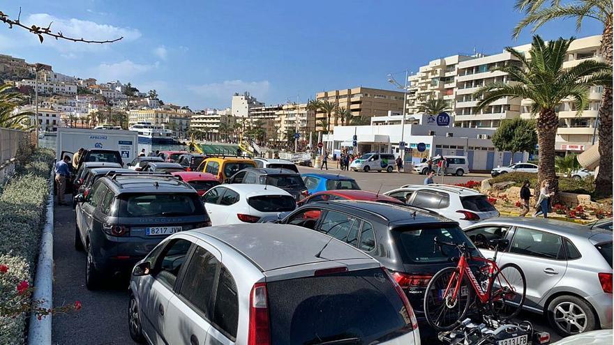 Una media de 18.000 vehículos diarios circularon en Formentera en julio y agosto