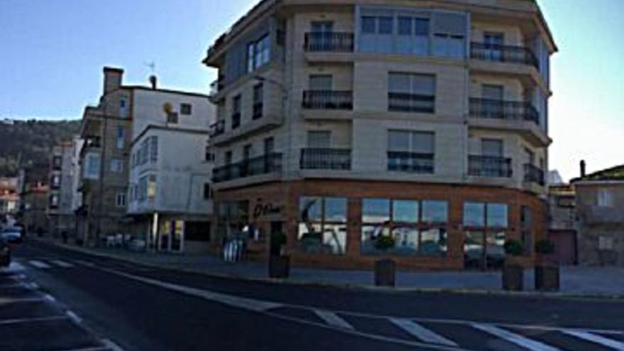 140.000 € Venta de piso en Portosin, 3 habitaciones, 2 baños...