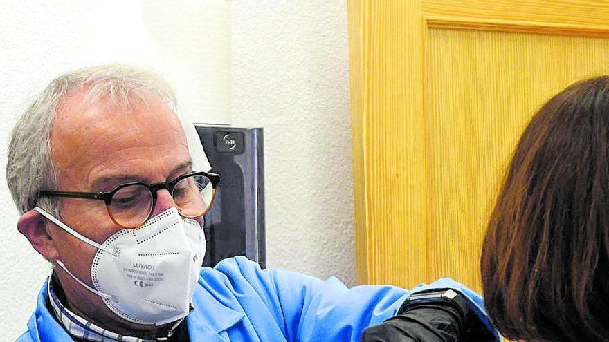 El portavoz del Comité Covid echa un capote a Felipe Coello