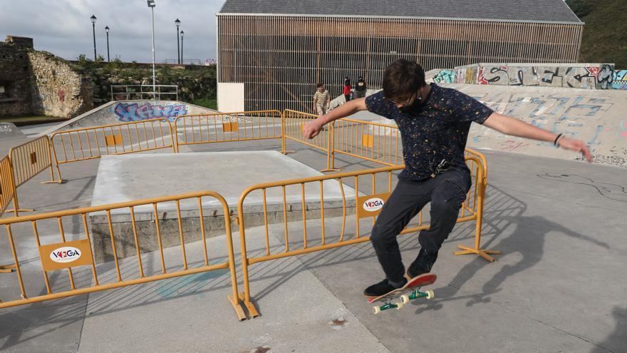 La obra del skatepark de Cimadevilla tropieza: quejas por su mala ejecución