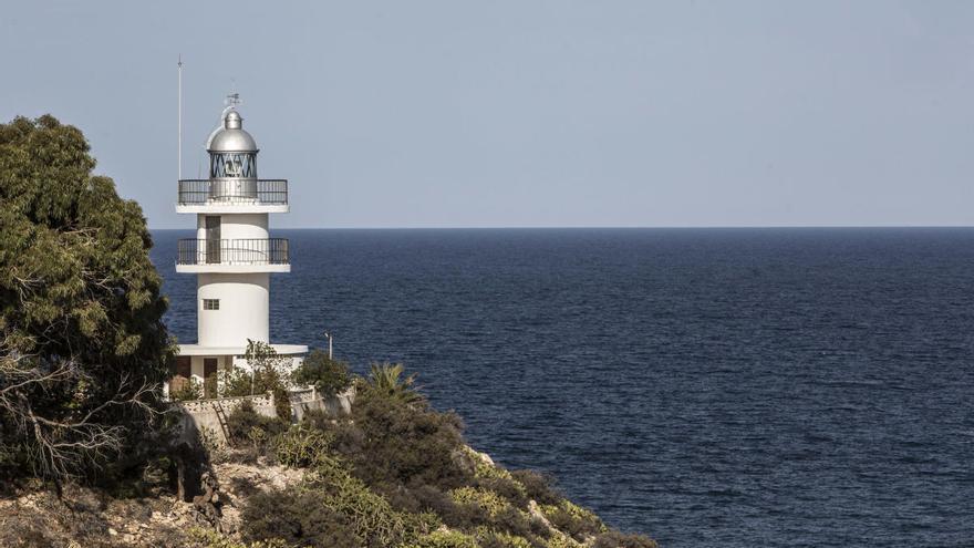 Los ecologistas piden que se anule la concesión para un restaurante en el faro del Cabo de las Huertas