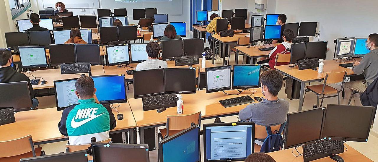 Un aula de FP del instituto de Teis (Vigo).