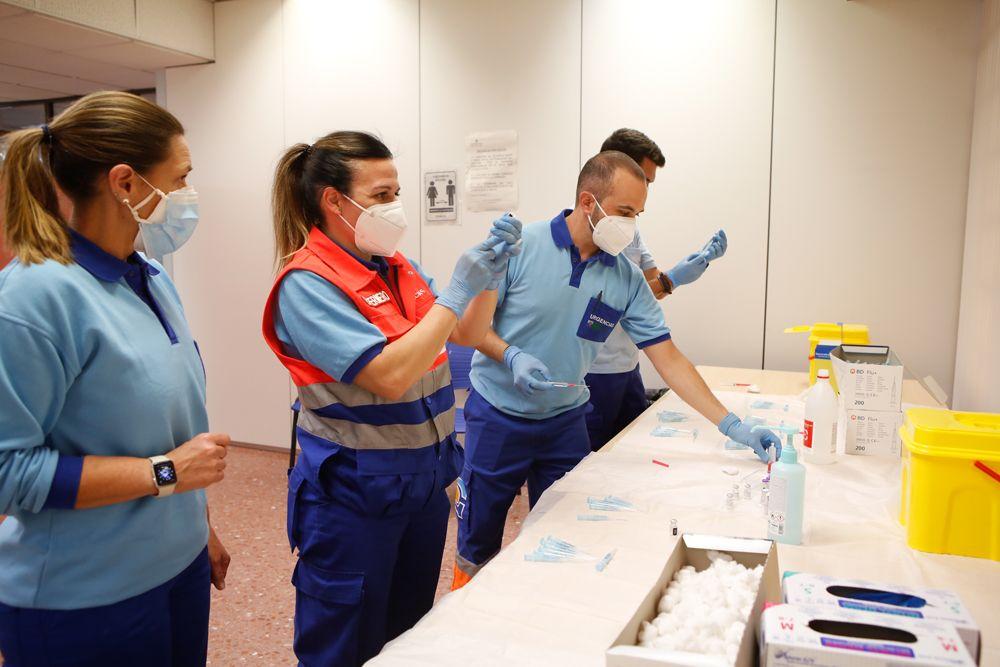 El equipo de vacunación listo para empezar