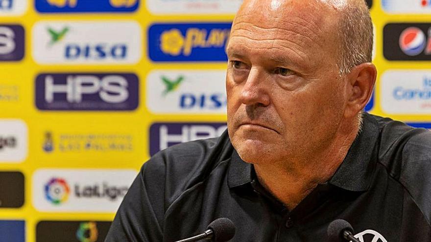 Mel no cree que a la UD Las Palmas le beneficie un partido «de ida y vuelta»