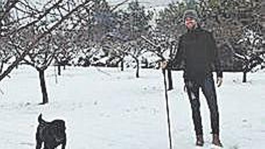 Oltra reprende a su compañero Ferri por irse a la nieve pese a la pandemia