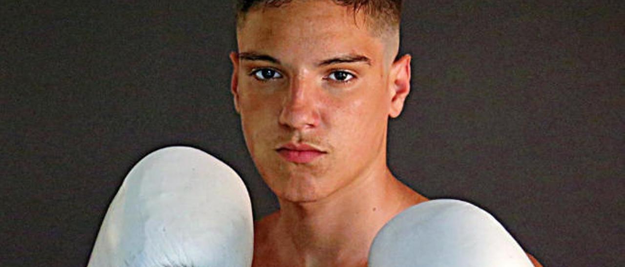 Aarón Santana, a la selección