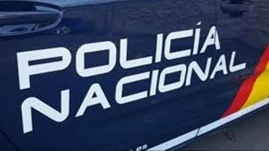 Detenida en Gran Canaria por dar una bofetada y una patada a un policía nacional