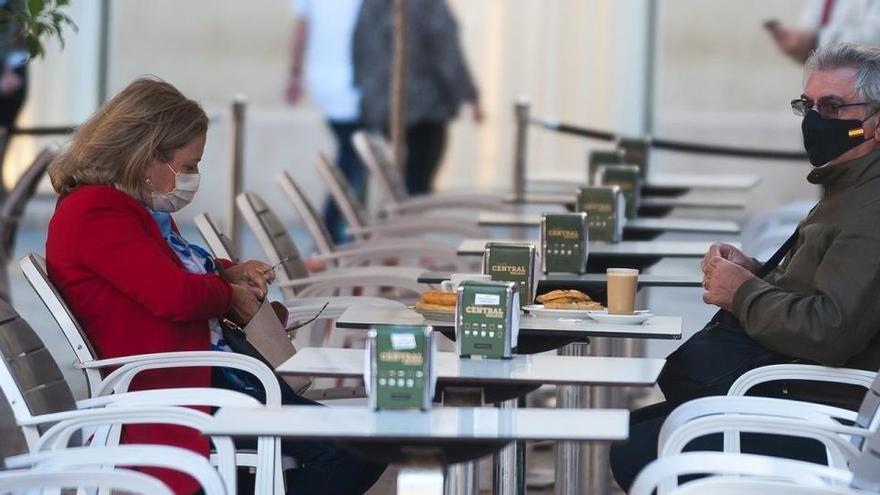 Murcia pide adelantar el toque de queda y confinamientos domiciliarios