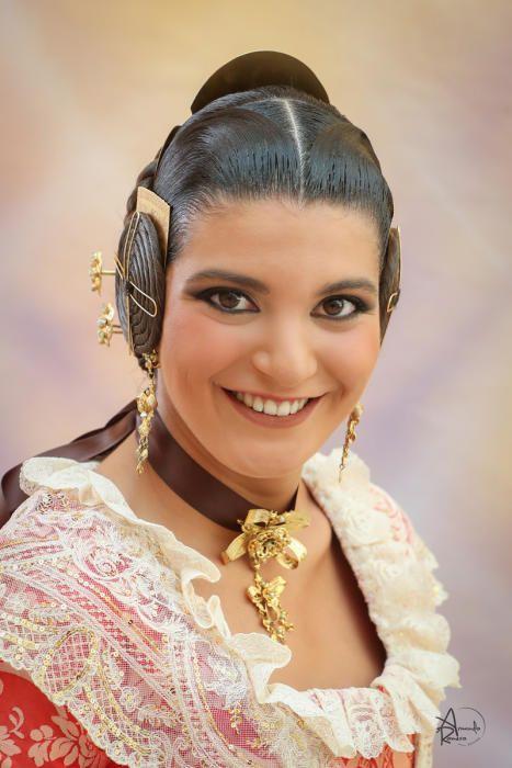 Raquel Nebot Oliver (Jacinto Benavente-Reina Doña Germana)